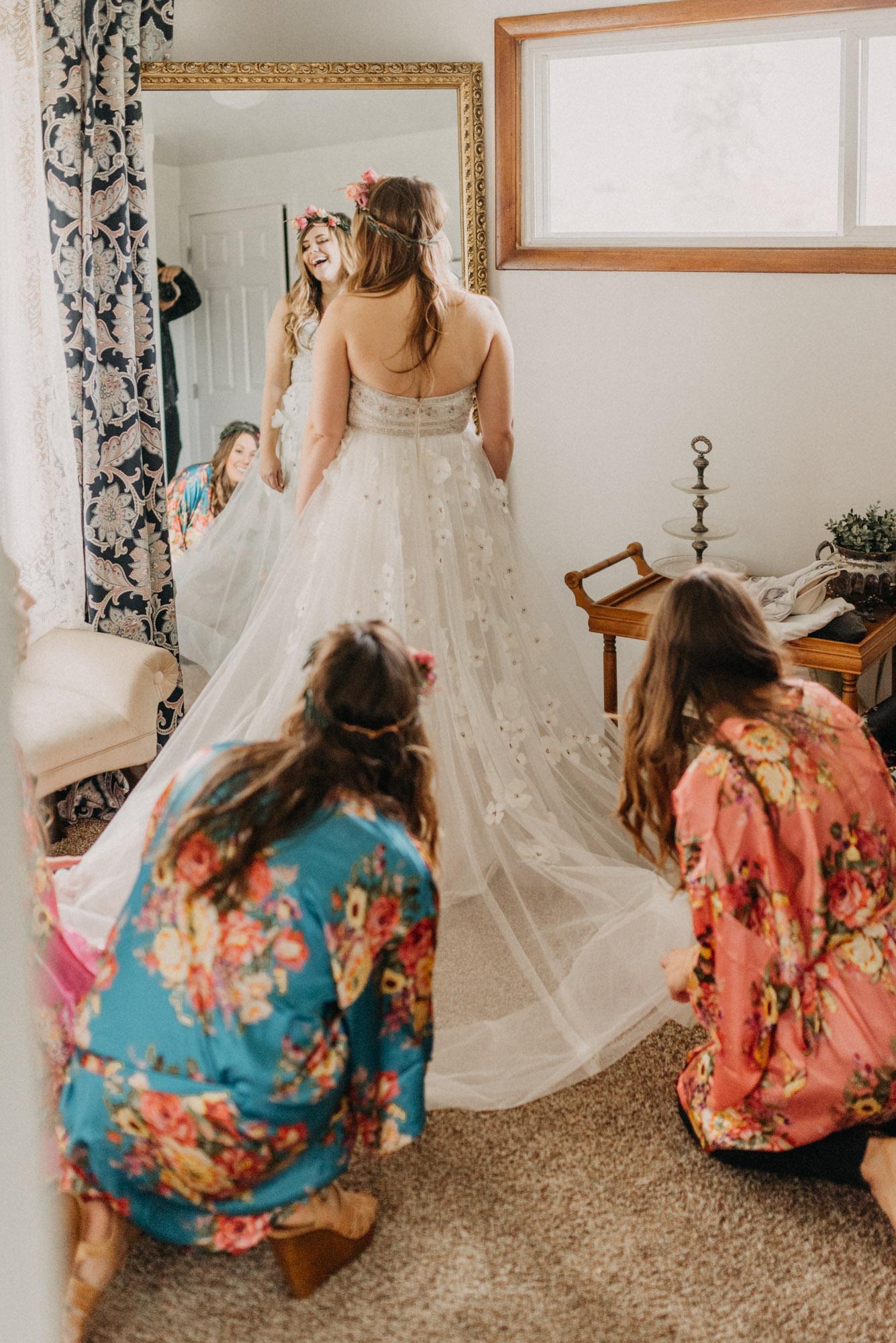 Getting-Ready-Swingset-Washington-Wedding-ringshot-8039.jpg