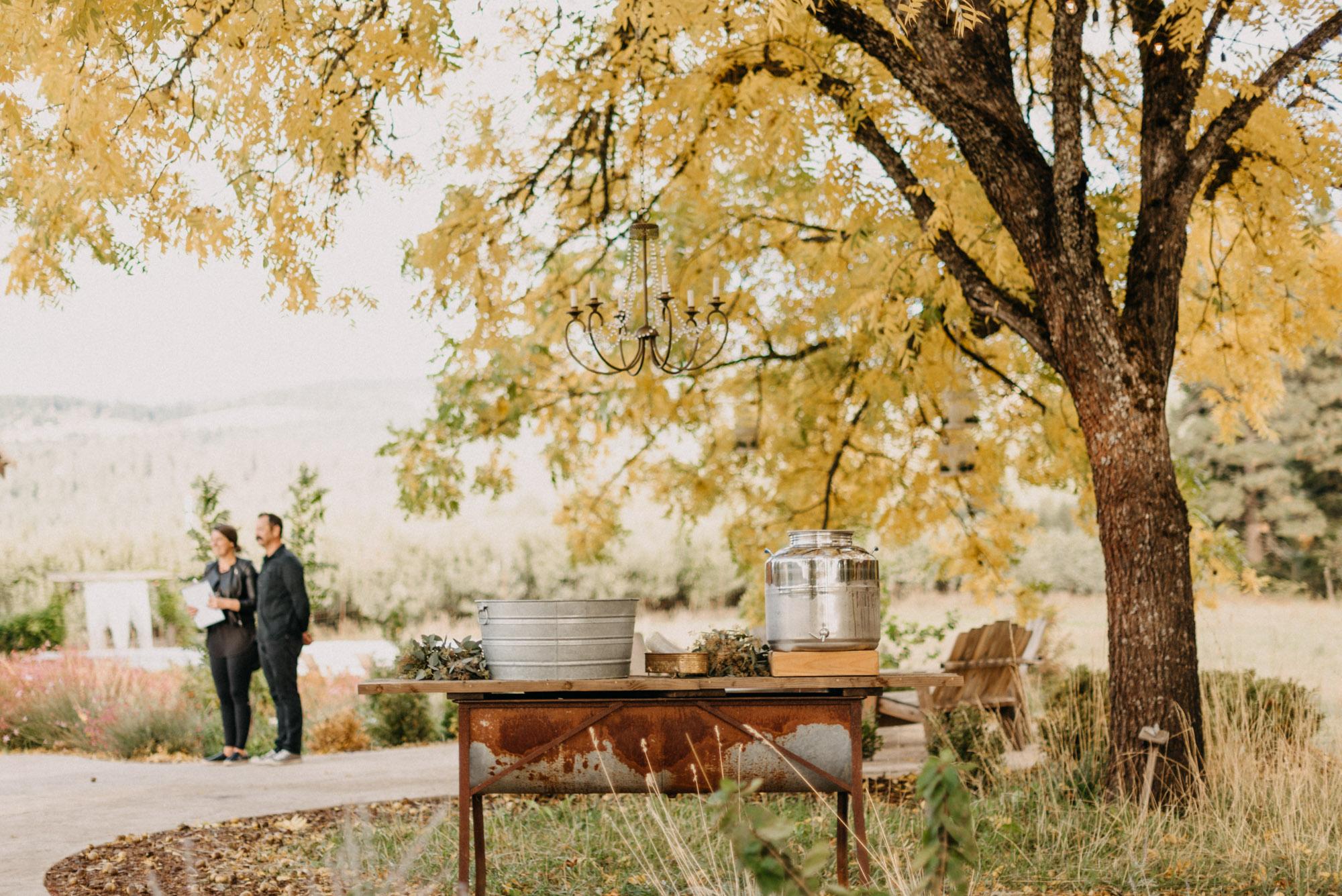 Getting-Ready-Swingset-Washington-Wedding-ringshot-8809.jpg