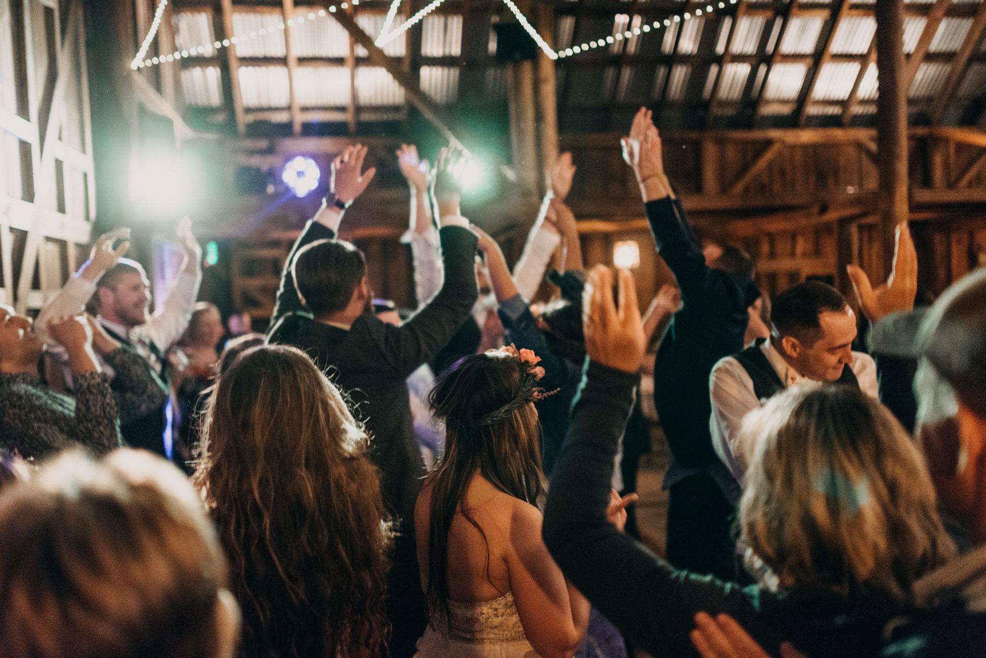 Indoor-Barn-Ceremony-Dancing-Washington-0042.jpg