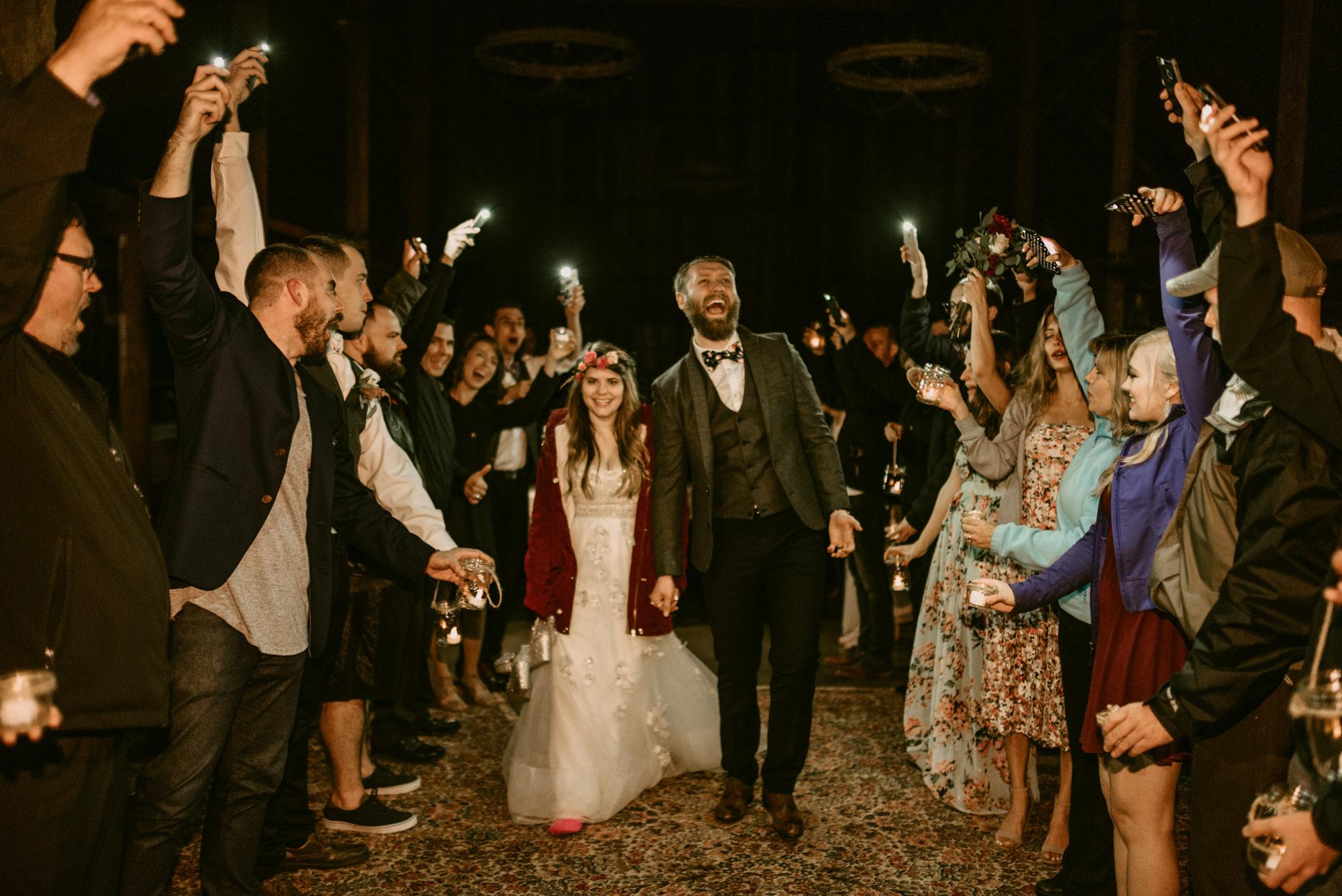 Indoor-Barn-Ceremony-Dancing-Washington-0163.jpg
