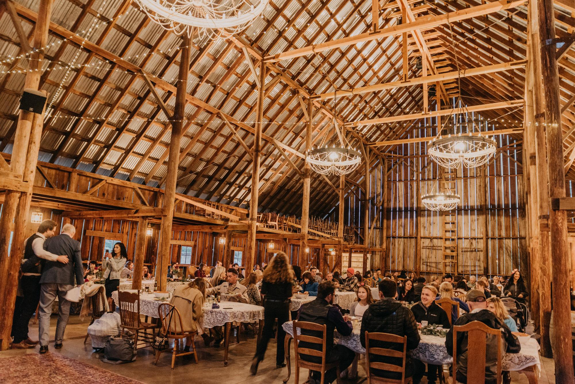 Indoor-Barn-Ceremony-Dancing-Washington-9694.jpg