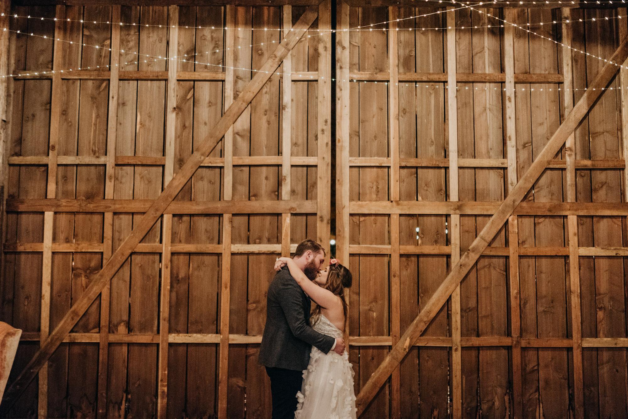 Indoor-Barn-Ceremony-Dancing-Washington-9878.jpg