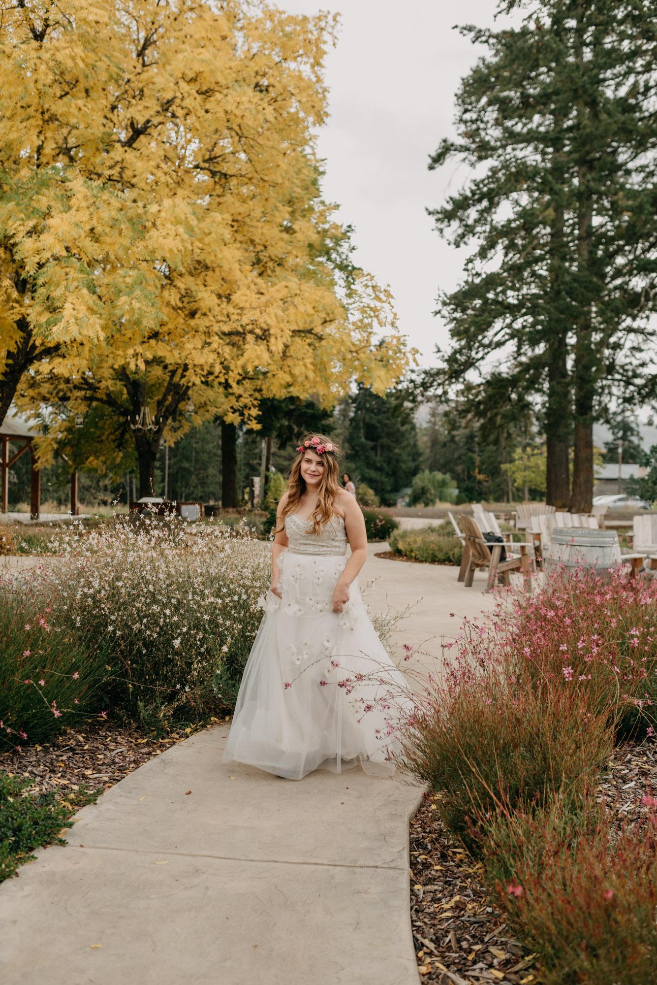 Outdoor-First-Look-Washington-Wedding-Barn-Door-8056.jpg