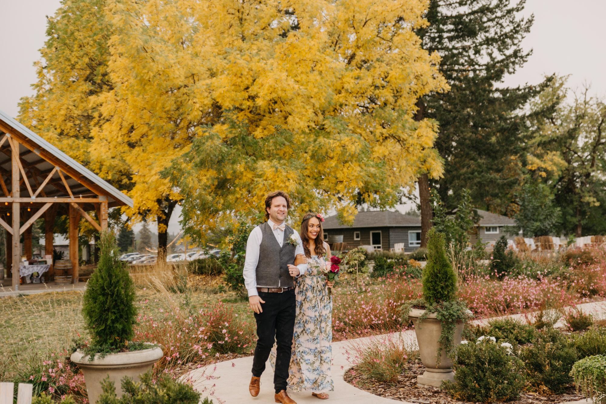 Outdoor-Summer-Ceremony-Washington-Wedding-Rainbow-5280.jpg