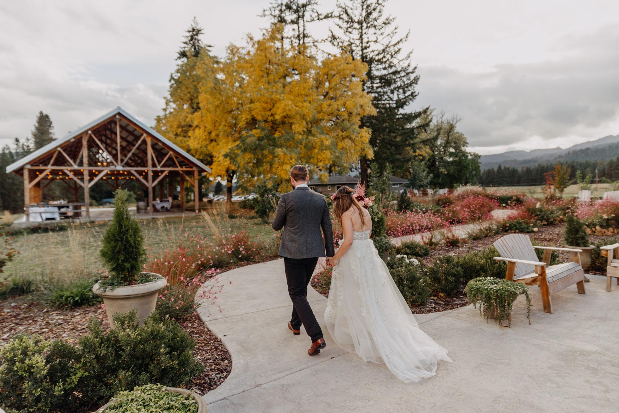 Outdoor-Summer-Ceremony-Washington-Wedding-Rainbow-5464.jpg