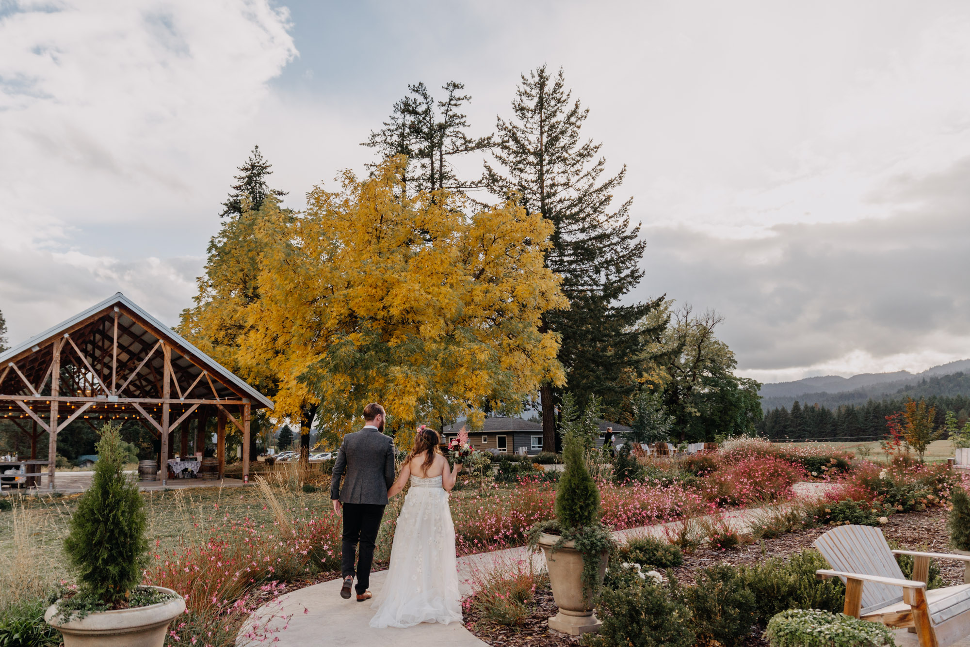 Outdoor-Summer-Ceremony-Washington-Wedding-Rainbow-5466.jpg