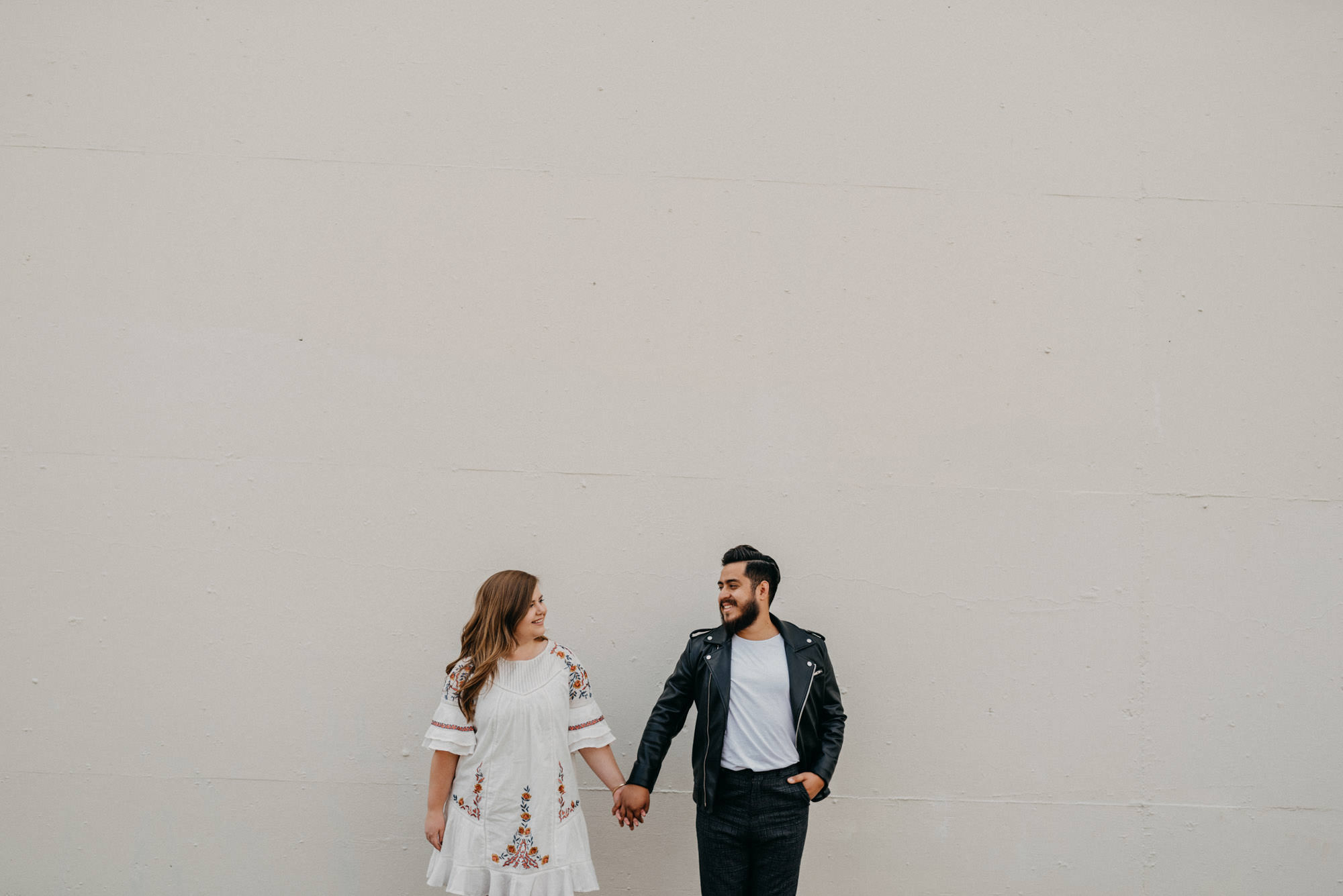 federico-portland-engagement-industrial-white-wall-4727.jpg