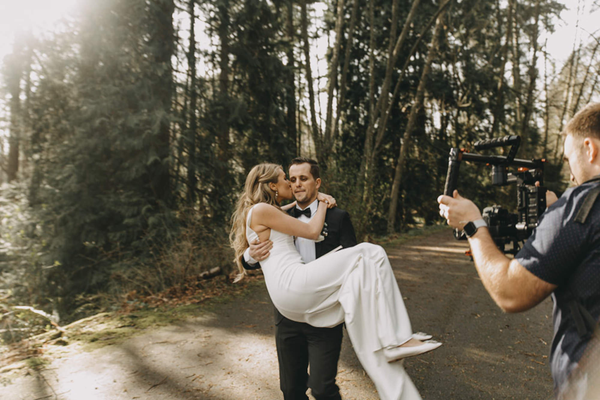 seattle-wedding-firstlook-discovery-park-photographer-portland-sarahseven-641-31.jpg