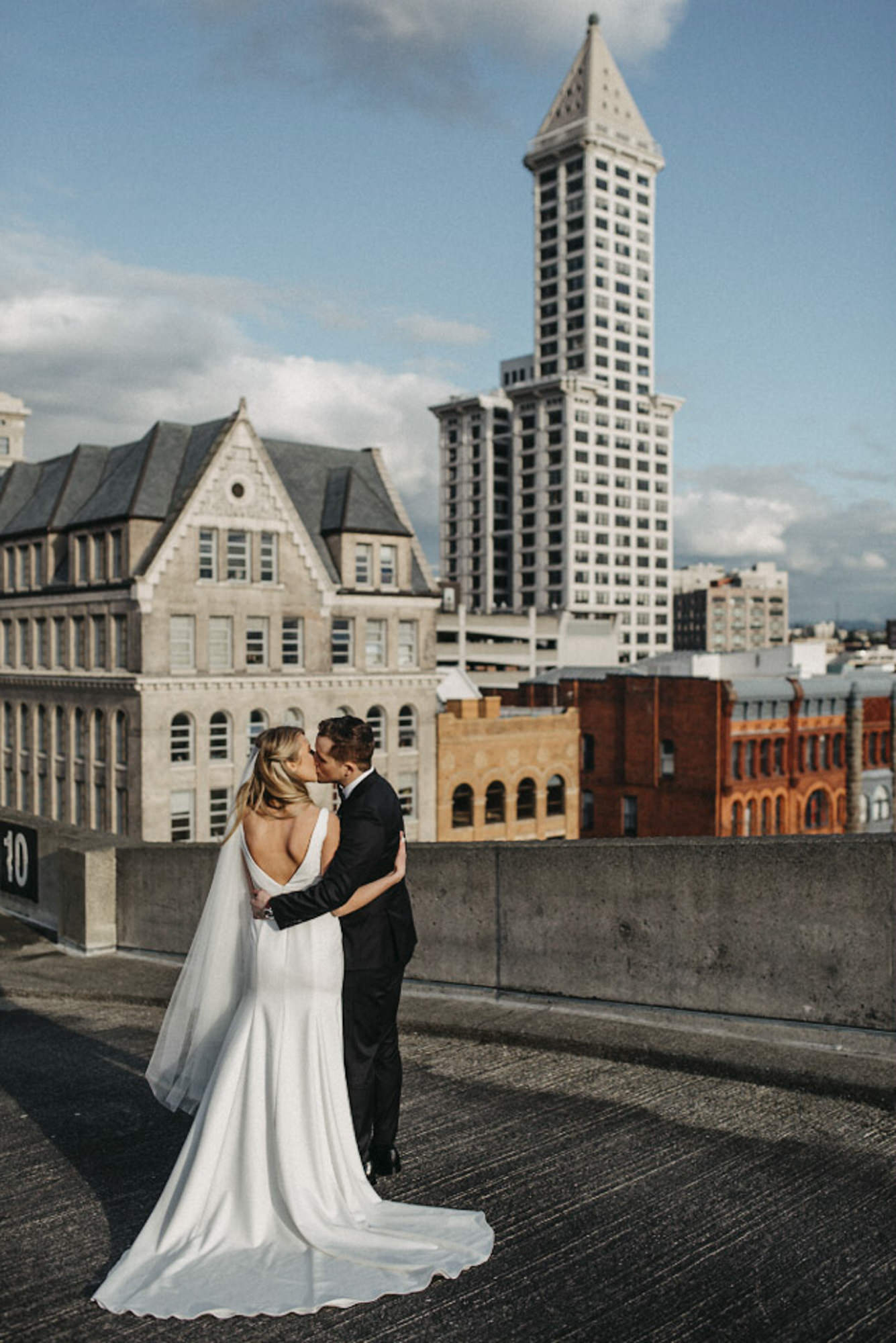 seattle-wedding-sarahseven-bridal-party-rooftop-downtown-641.jpg