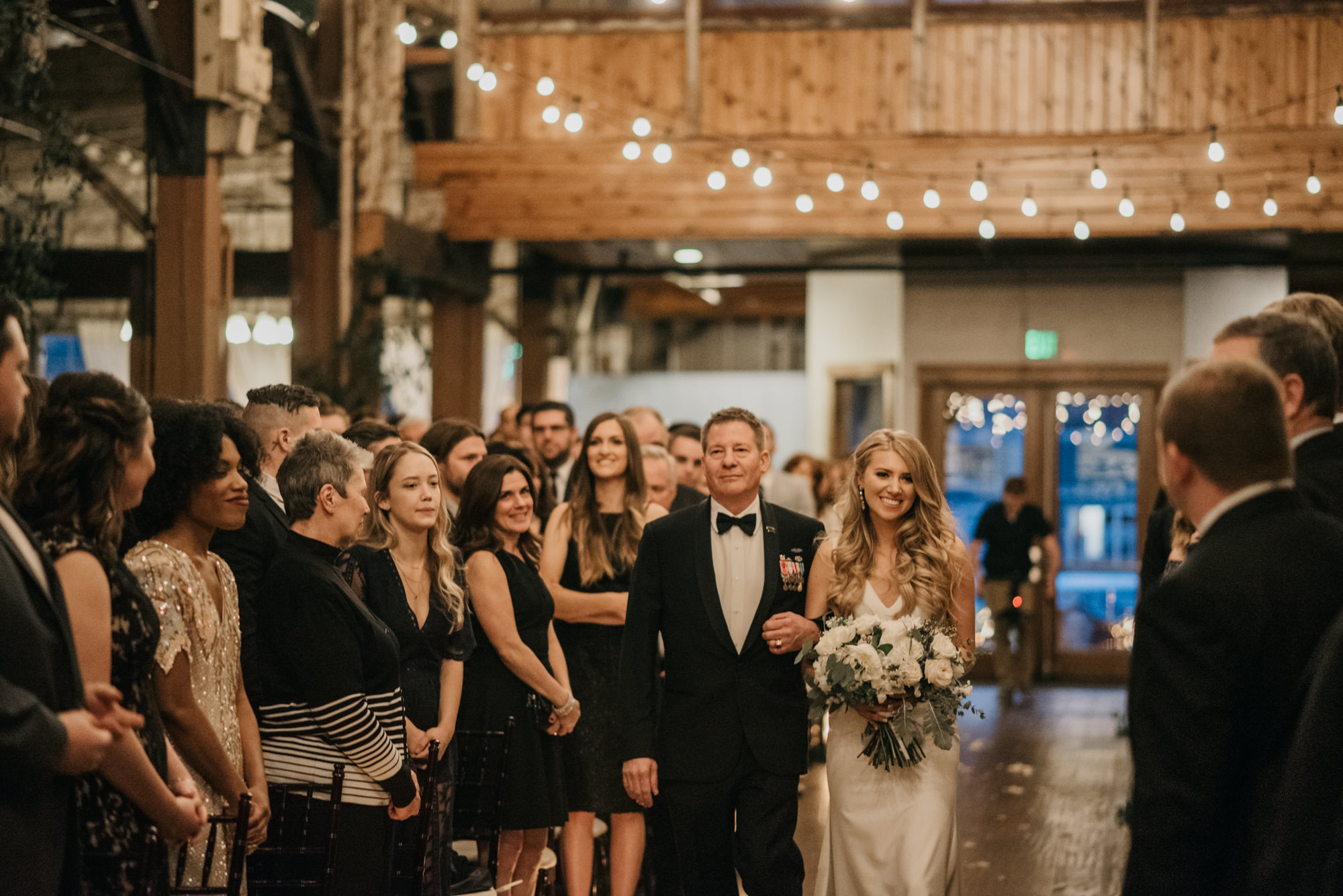 seattle-wedding-sodo-park-photographer-portland-4016-9.jpg