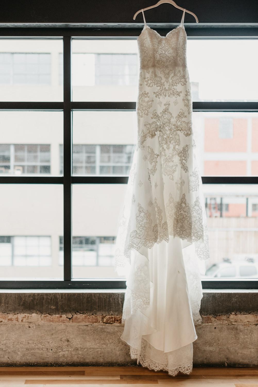 6-portland-wedding-photographer-getting-ready-leftbank-annex-4727.jpg