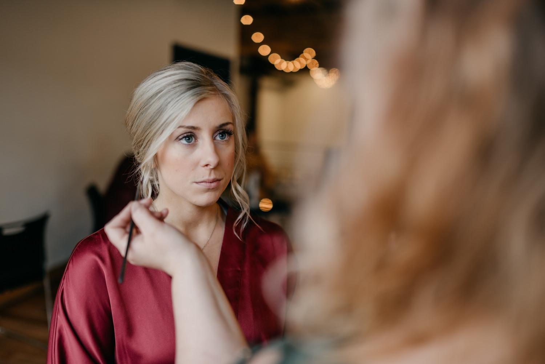29-portland-wedding-photographer-getting-ready-leftbank-annex-4997.jpg
