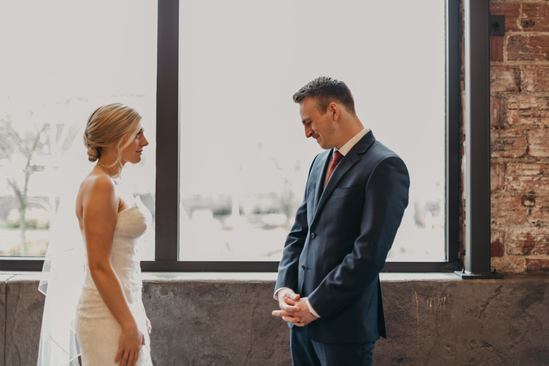 41-portland-wedding-photographer-first-look-leftbank-annex-0841.jpg