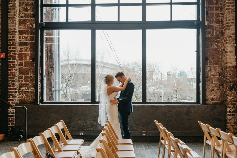 58-portland-wedding-photographer-first-look-leftbank-annex-5175.jpg
