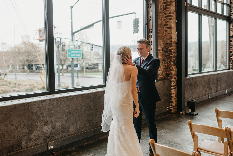 64-portland-wedding-photographer-first-look-leftbank-annex-5188.jpg