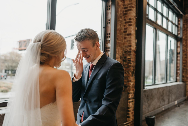 68-portland-wedding-photographer-first-look-leftbank-annex-5206.jpg