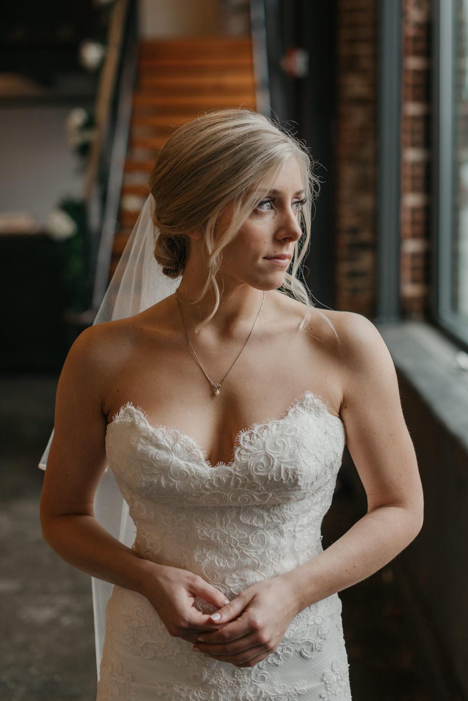 82-portland-wedding-photographer-first-look-leftbank-annex-0944.jpg