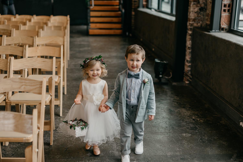 89-portland-wedding-photographer-first-look-leftbank-annex-0995.jpg