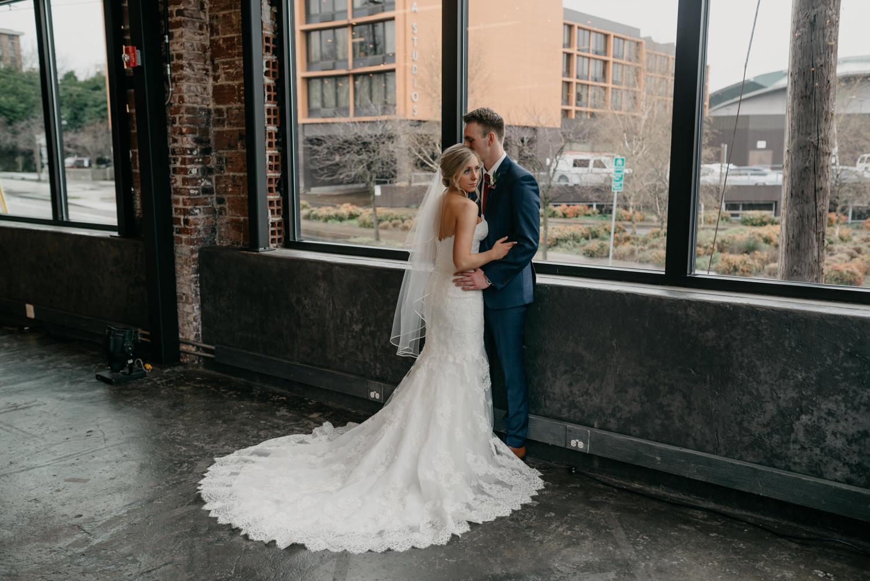 98-portland-wedding-photographer-first-look-leftbank-annex-5321.jpg