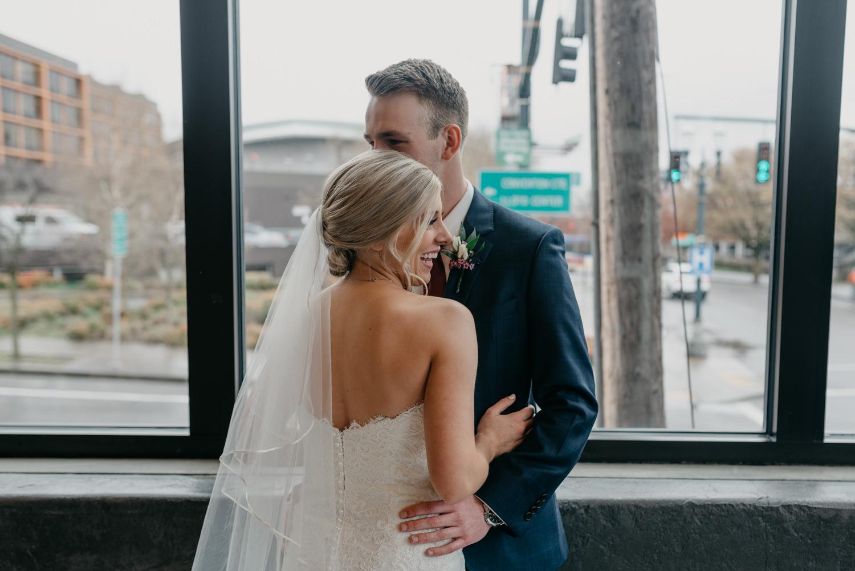 100-portland-wedding-photographer-first-look-leftbank-annex-5334.jpg