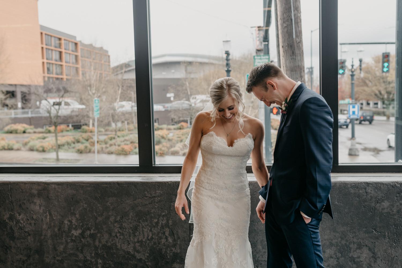 104-portland-wedding-photographer-first-look-leftbank-annex-5357.jpg