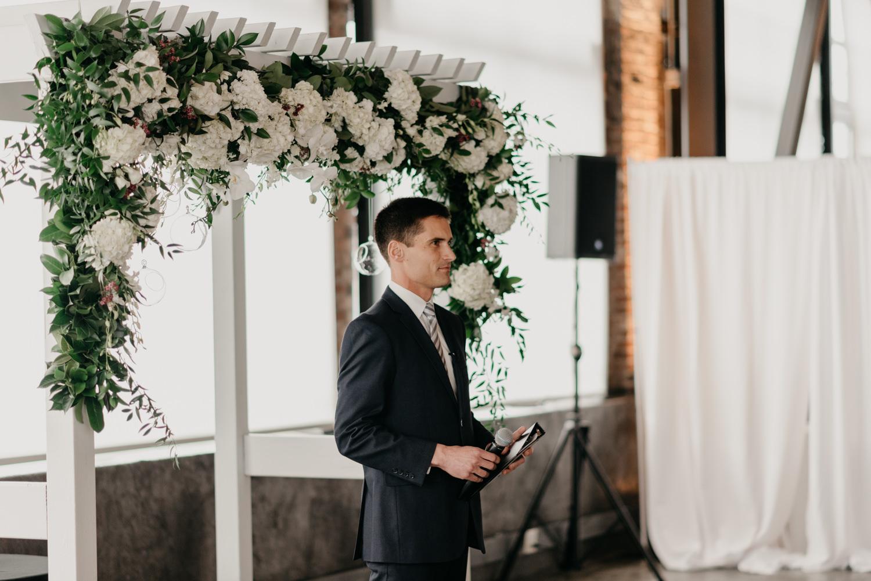 106-portland-wedding-leftbank-annex-ceremony-first-kiss-1156.jpg