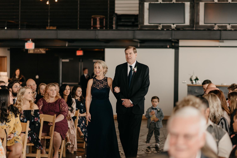 108-portland-wedding-leftbank-annex-ceremony-first-kiss-1182.jpg