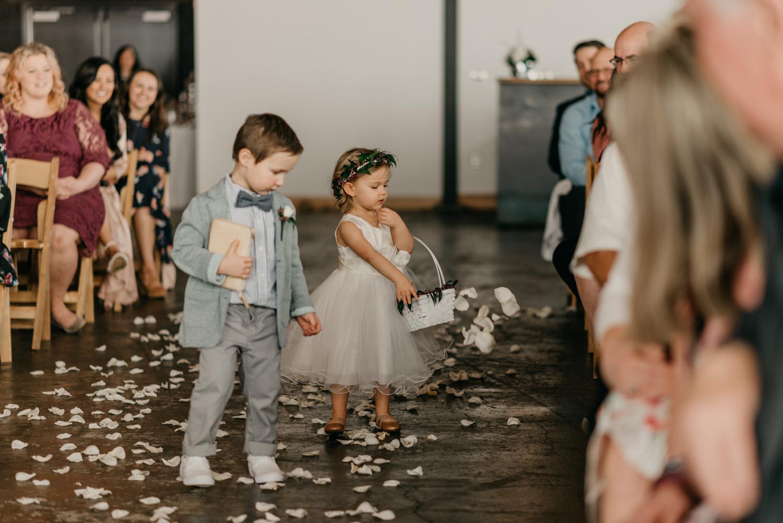116-portland-wedding-leftbank-annex-ceremony-first-kiss-1311.jpg