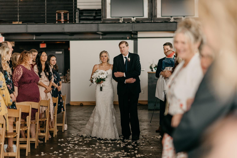 122-portland-wedding-leftbank-annex-ceremony-first-kiss-1354.jpg