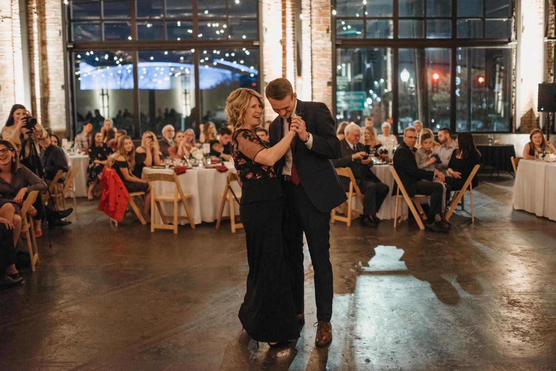 229-first-dance-flash-photography-reception-nikon-2569.jpg