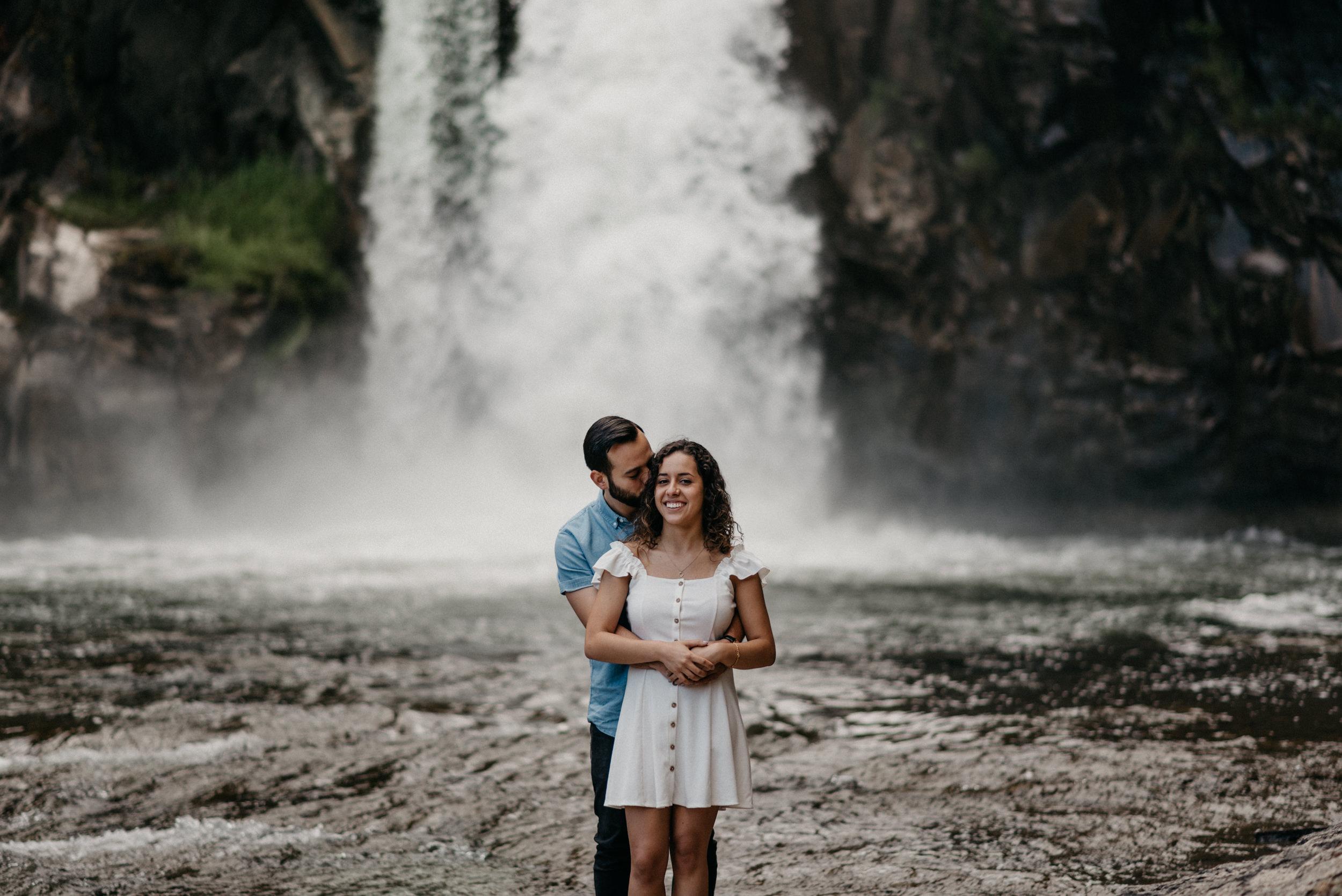 28-White-river-falls-state-park-engagement-5787.jpg