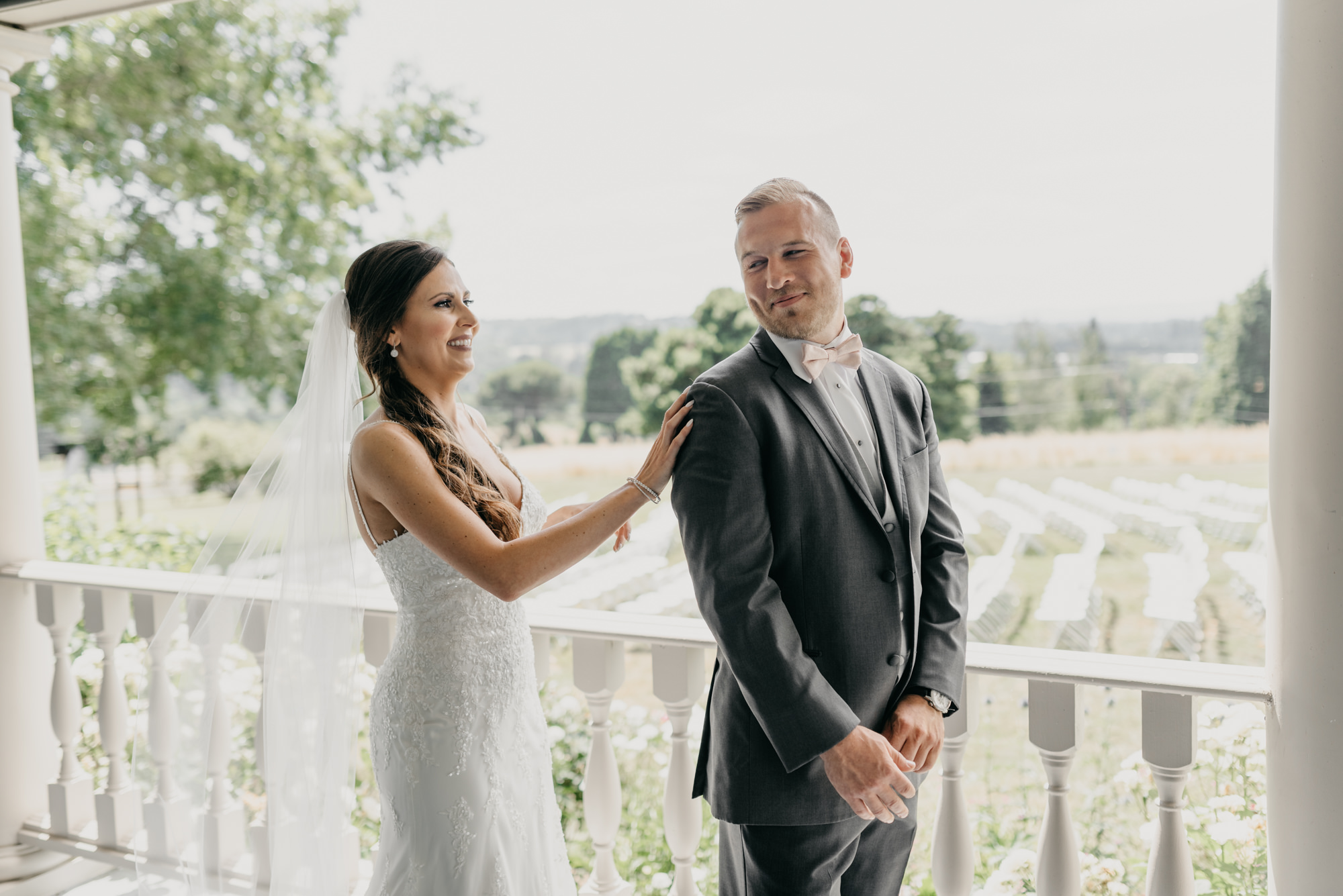 53-first-look-barn-kestrel-wedding-lake-oswego-wedding.jpg