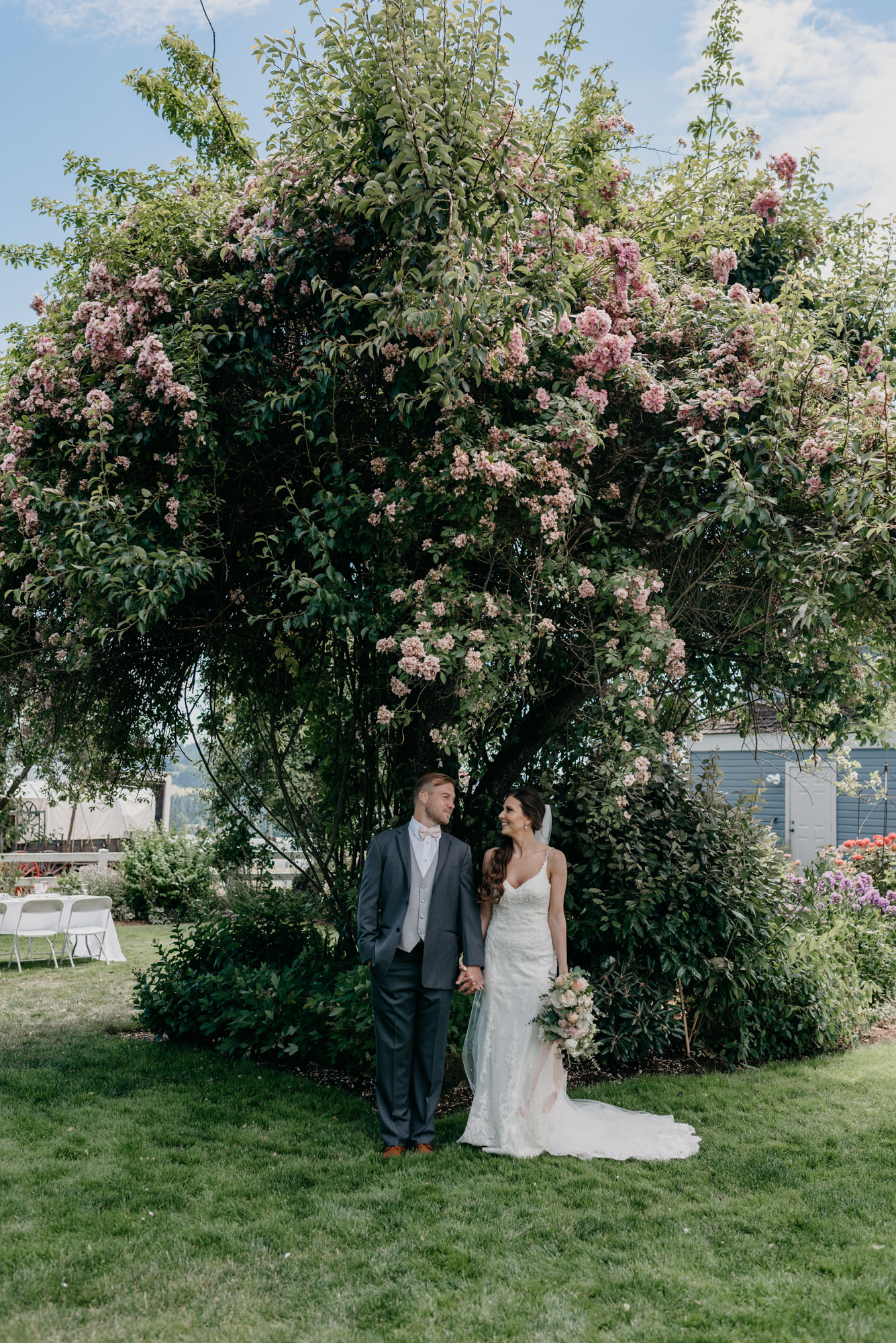83-lake-oswego-wedding-portland-couple-rose-tree.jpg