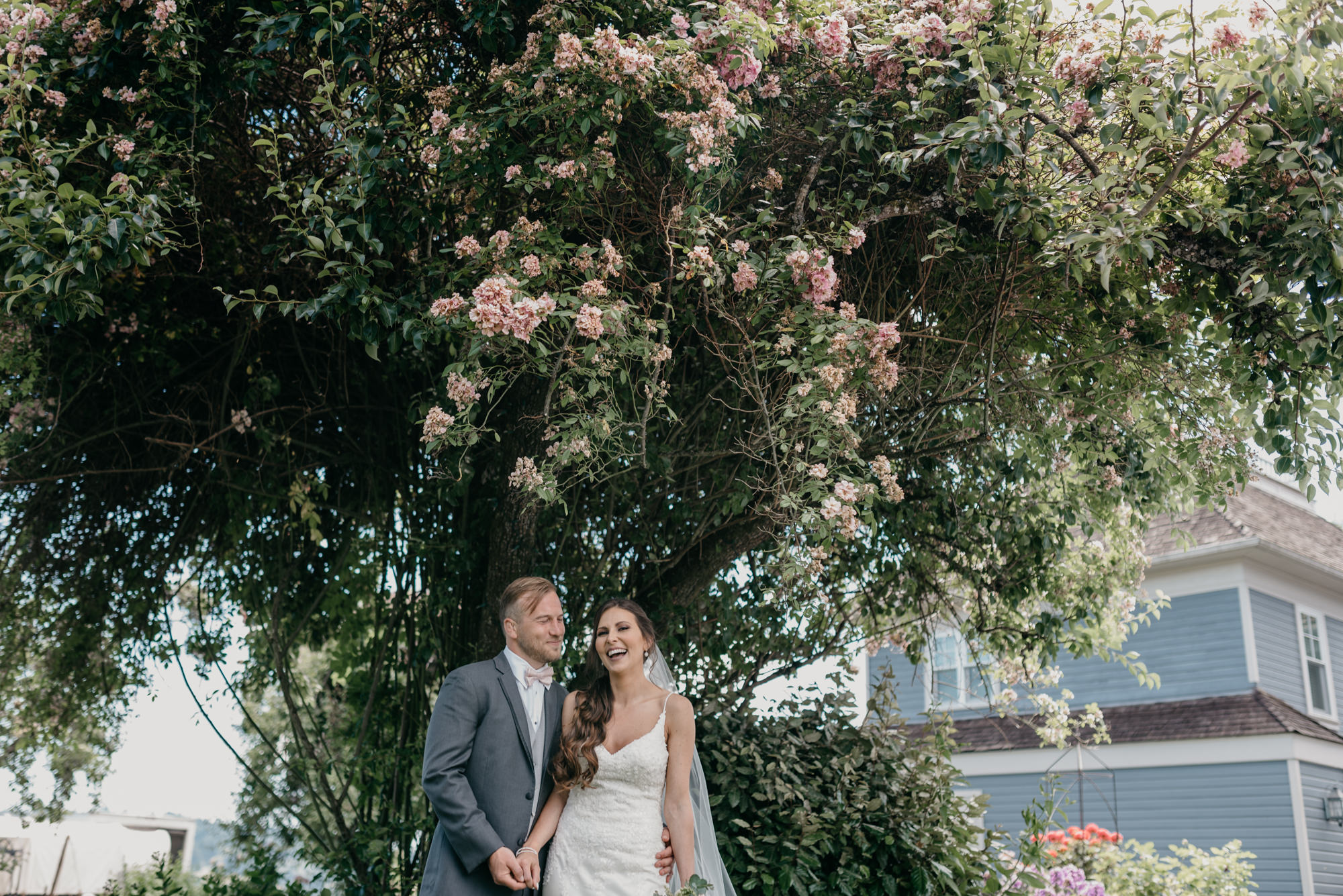 87-lake-oswego-wedding-portland-couple-rose-tree.jpg