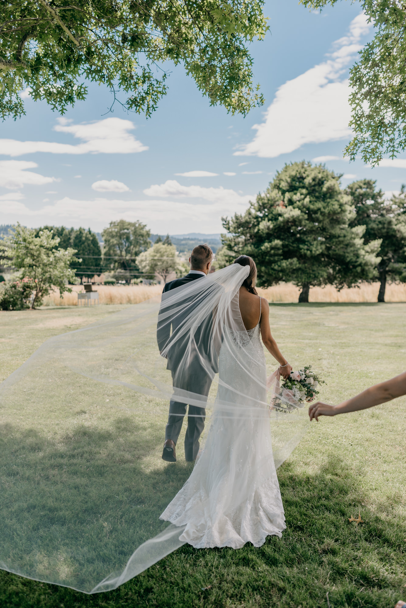 90-lake-oswego-wedding-portland-couple-rose-tree.jpg