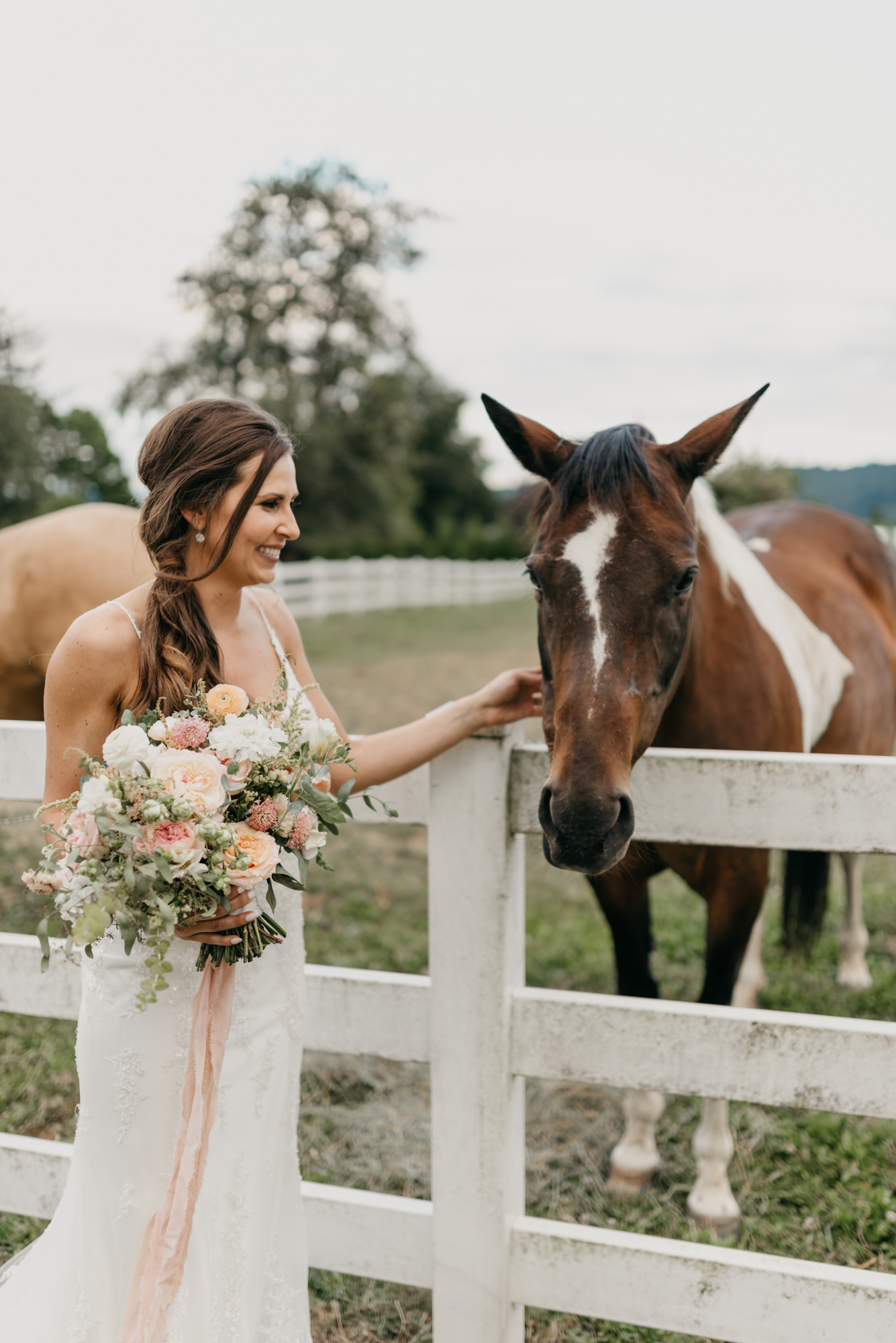 186-barn-kestrel-portland-northwest-horse-sunset-wedding.jpg