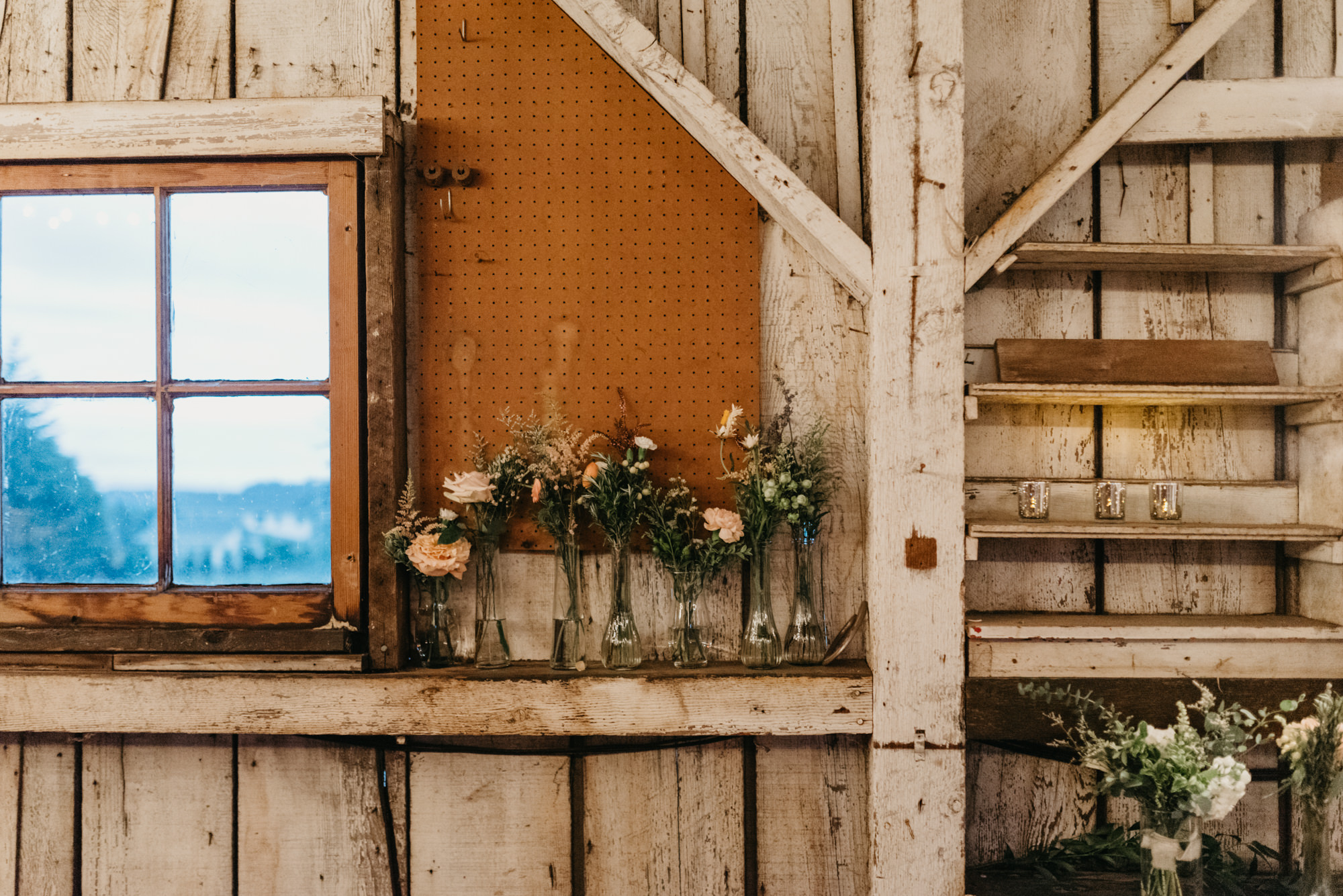 213-portland-northwest-wedding-bubble-exit-barn-string-lights.jpg