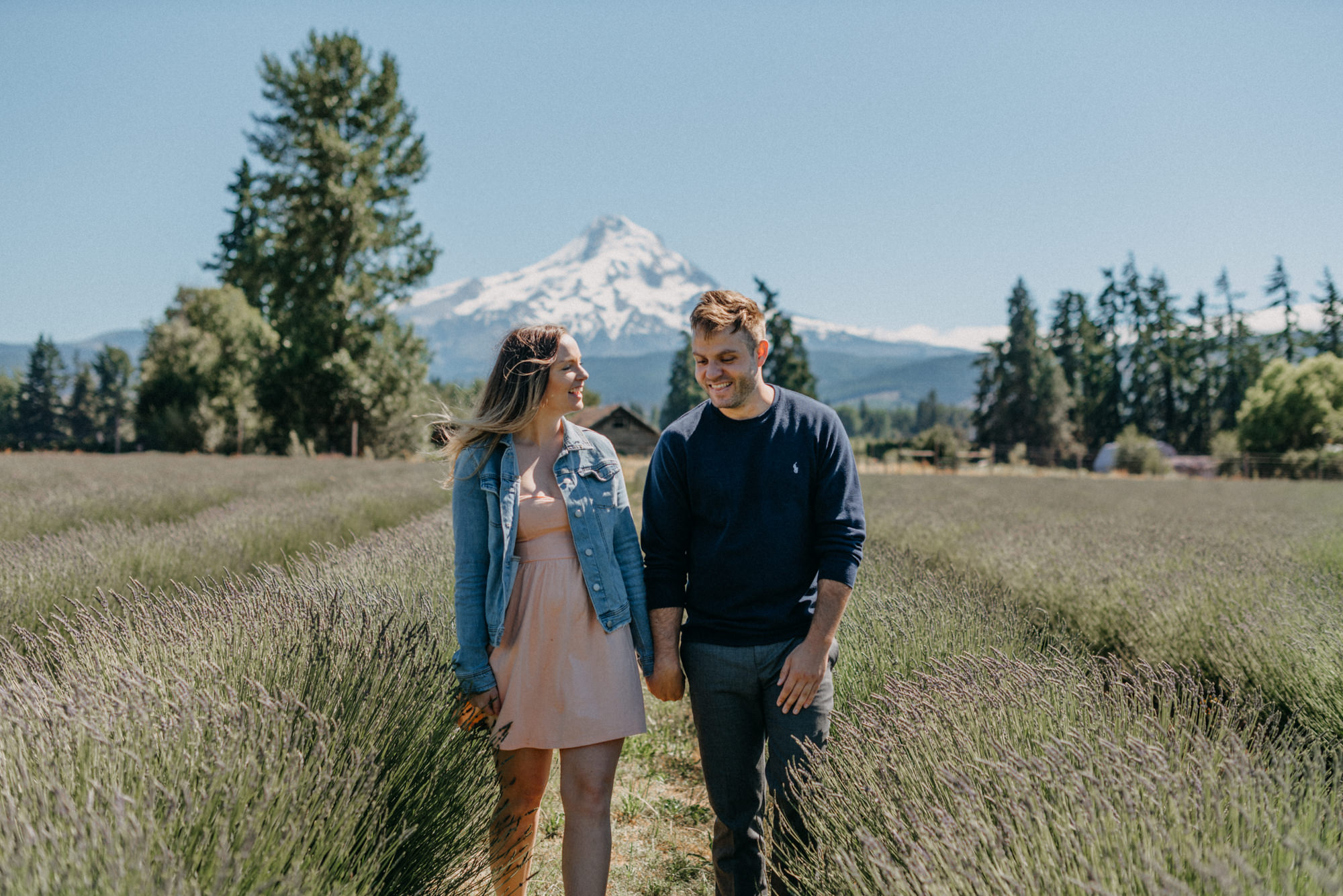 1-Mt-hood-lavender-farms-engagment-couple-summer-6926.jpg