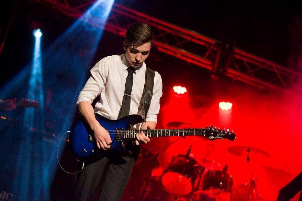 Guitar - Calvin Fleury