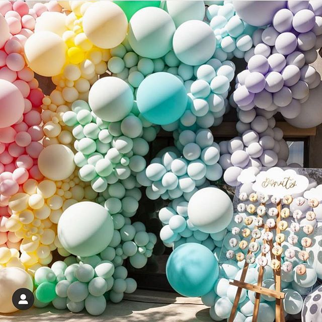 Some serious balloon Inspo!✨ • • • • • • • • • • • • • • • • #evergloweventsllc #everglowevents #event #events #eventplanning #eventplanner #dcevents #eventsdc #dmvevents #mdevents #vaevents #beautiful #instagood #quotes #flowers #balloons #corporateevents #weddings #wedding #specialevents #birthdayparty #babyshower #retirementparty #vacations #destinationevents #luxury #business