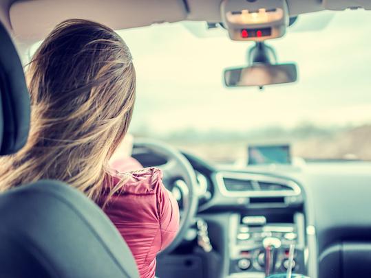Woman_driving_car.jpg