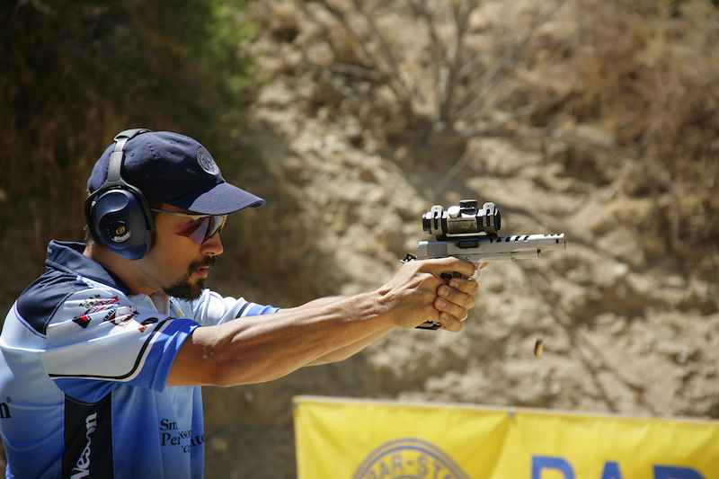 Pro shooter Doug Koenig using the Isosceles stance. (Photo courtesy/Firearms User Network)