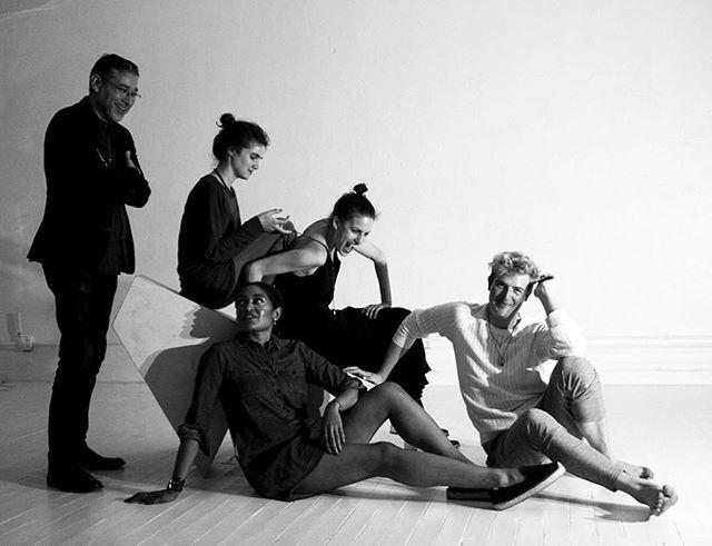 When the entire @dmitriyco family casually drops in for a photo party 🖤📸🖤 #creativestudio #greatjones #portraits #madeinnewyork #dmitriy #dmitriyfamily #interiordesign #nydesign