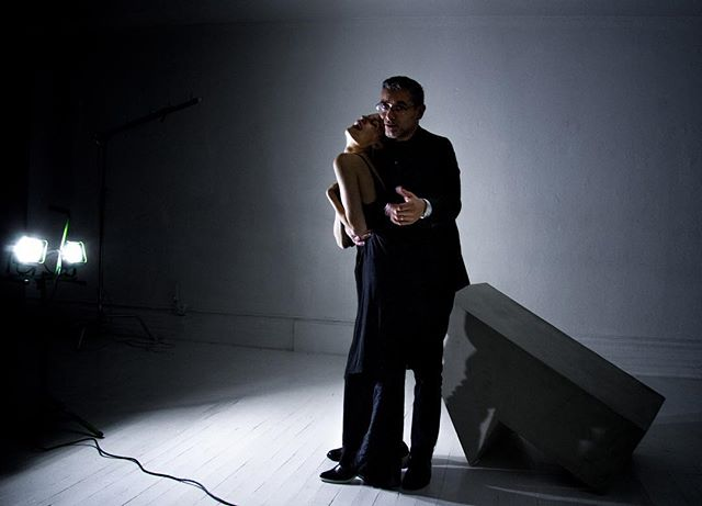 Another select from last night's spontaneous @dmitriyco portrait sesh #love #romance #anniversaryportrait #coupleportrait #nydesign #nyphotography #madeinnewyork #creativestudio #photostudio
