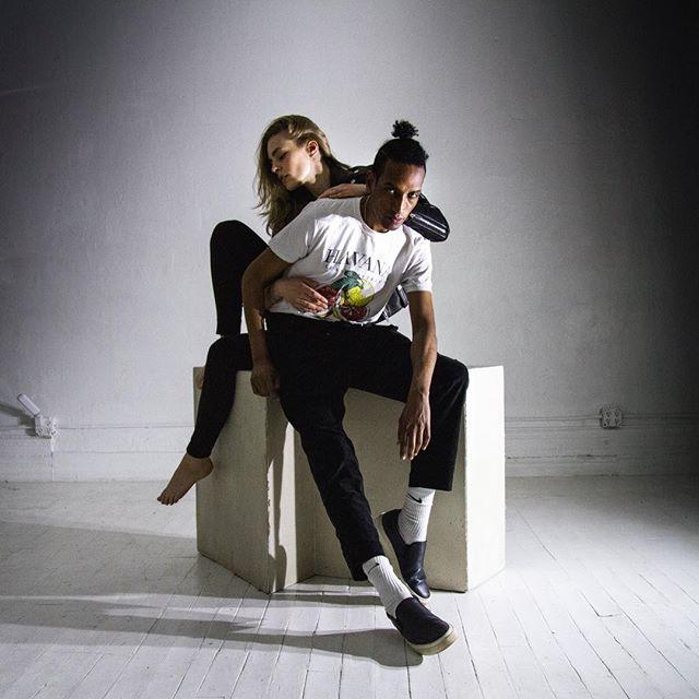 Love each other 💛🧡📸#fashioncouple #creativestudio #nystudio @abelhdaniel @paulamagyar by @imdustinoneal