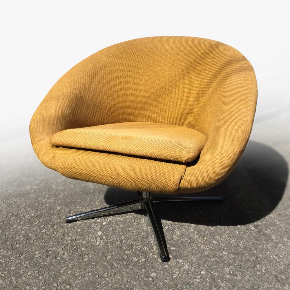 gold_chair.jpg
