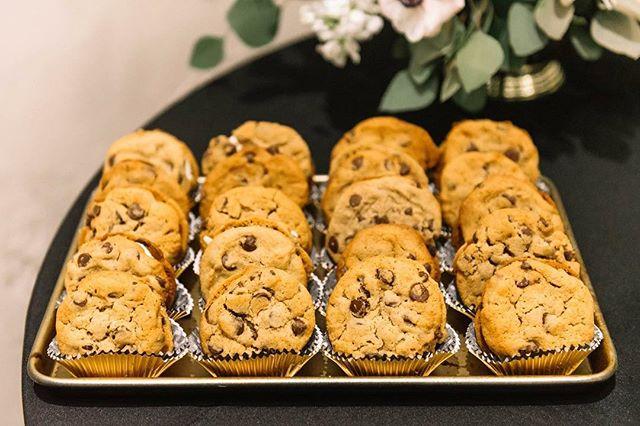 baking some more #cookiepies for a wedding this weekend!! 🍪🍪🍪 can't wait to celebrate 🥂 - 📷: @stephtarno - - #bakingcoebakery #baking #westpalmbeach #wedding #weddingcake #wpbwedding #delraywedding #bakery #downtownwpb #bakingcoe