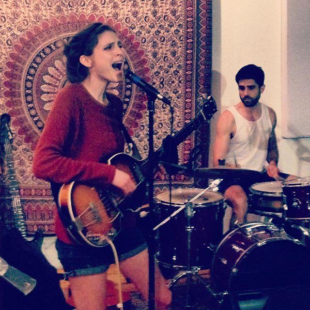 @elizabethhuntermusic rehearsal at The Brooklyn Pearl 🎸