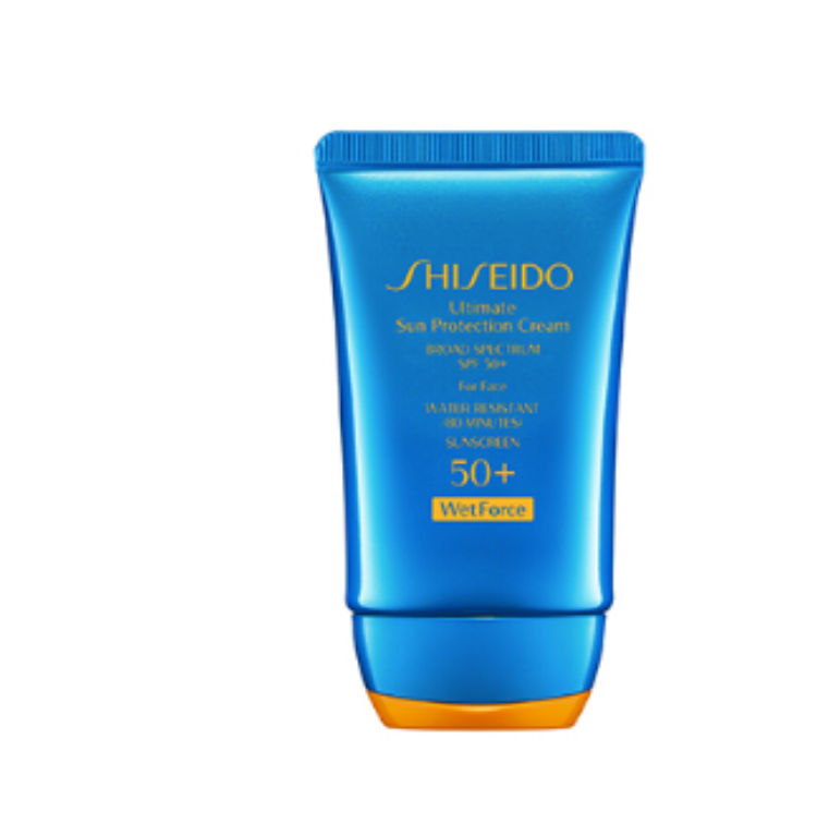 SHISEIDO - Shiseido's Ultimate Sun Protection Cream is another popular pick for a sunscreen to use this summer. While it can be used for your whole body, it especially helps prevent dryness on your face. It works even after you take a dip in water, ready to protect your skin--wet or dry. Just don't forget to reapply! ;).