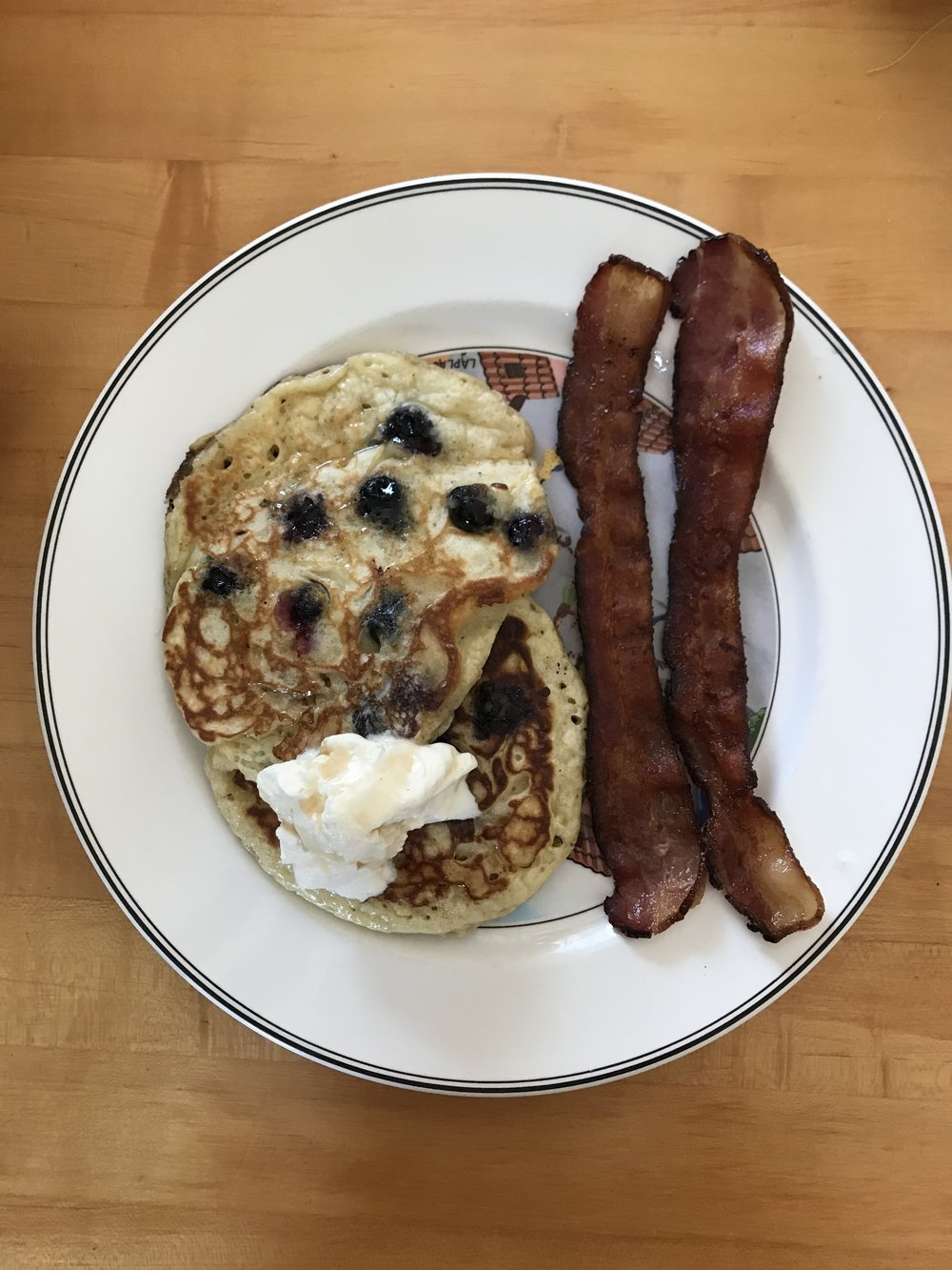 Woke up on the 4th of July to the smell of Homemade blueberry pancakes and bacon. Excited to devour this breakfast, not so excited for how I'm going to look in my bathing suit later on in the day.